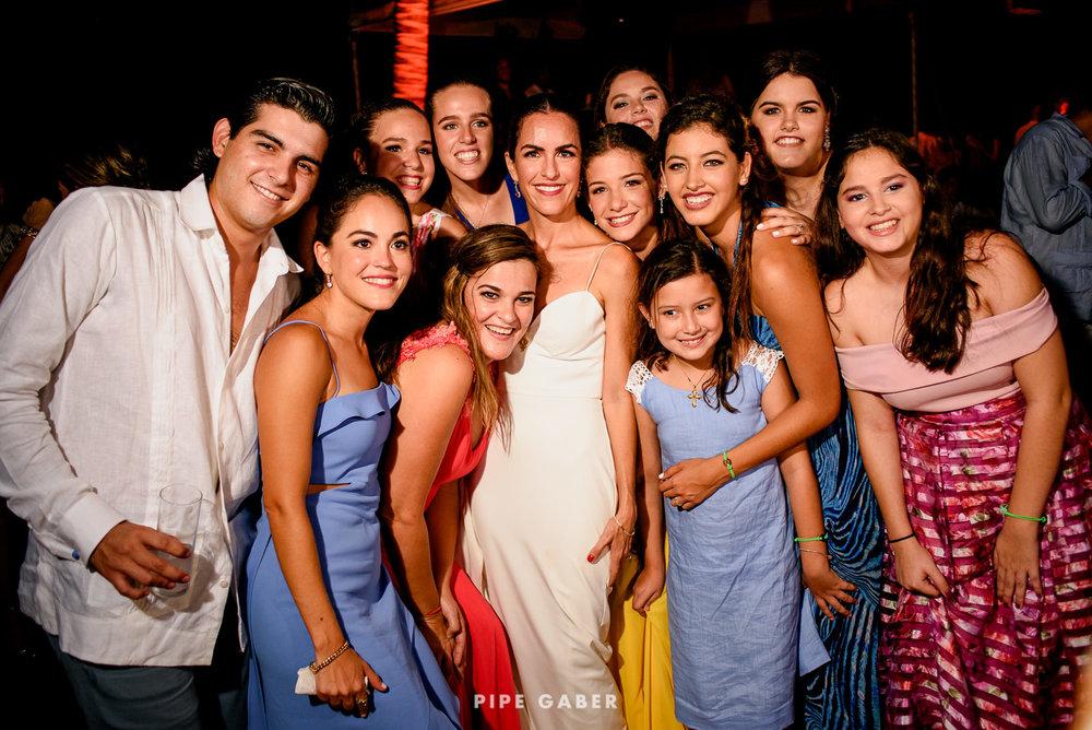 Wedding_phographer_Yucatan_beach_36.JPG