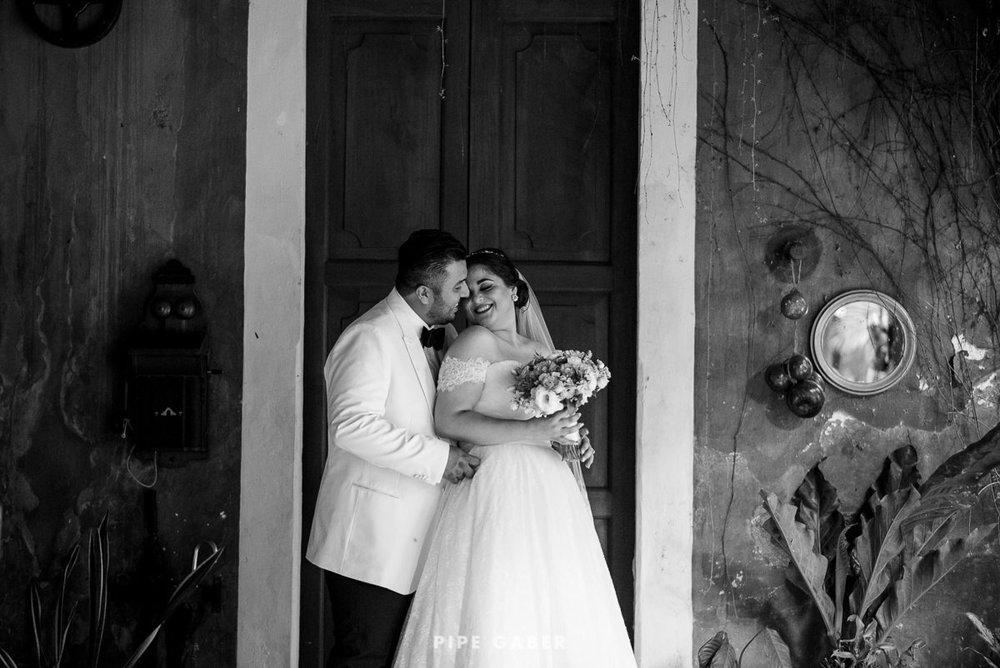 17_09_16_WEDDING_LILY_MORAN_CARLOS_APT_1081_web.jpg
