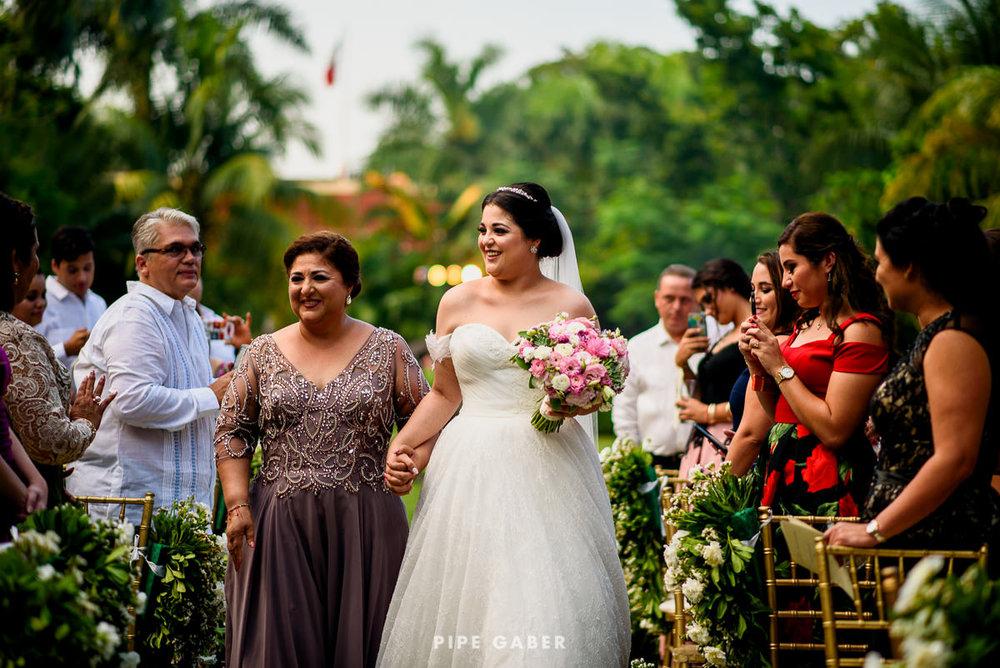 17_09_16_WEDDING_LILY_MORAN_CARLOS_APT_1914_web.jpg