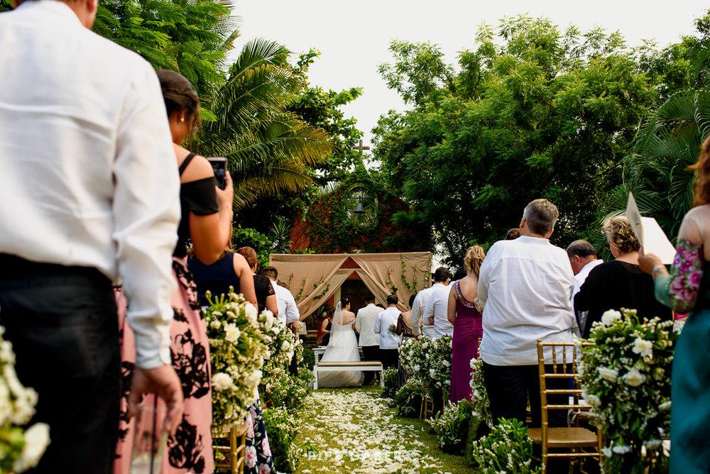 17_09_16_WEDDING_LILY_MORAN_CARLOS_APT_2004_web.jpg