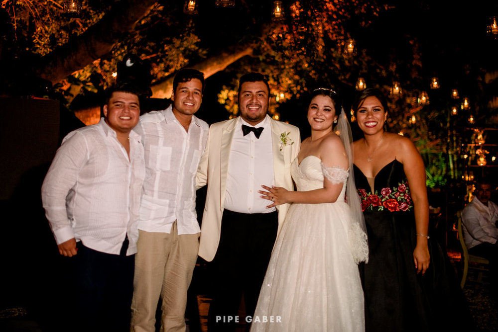 17_09_16_WEDDING_LILY_MORAN_CARLOS_APT_3181_web.jpg