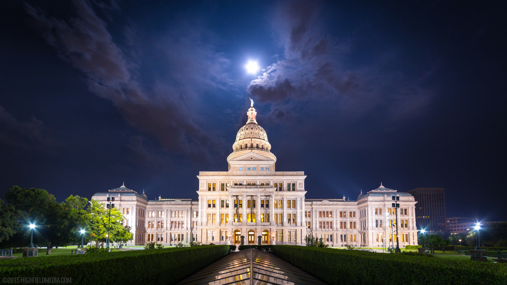 The Moon transiting the Texas State Capitol dome