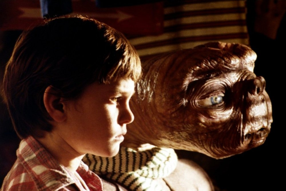 E.T. The Extra-terrestrial - Directed by Steven Spielberg