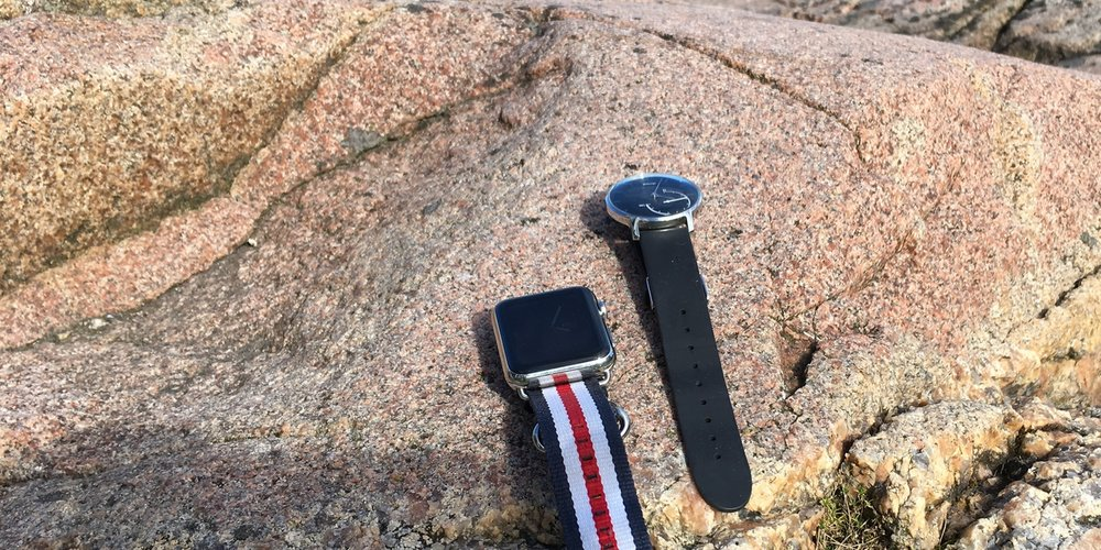 Apple Watch and Withings Activité Steel, which is the best fit for summer vacation?