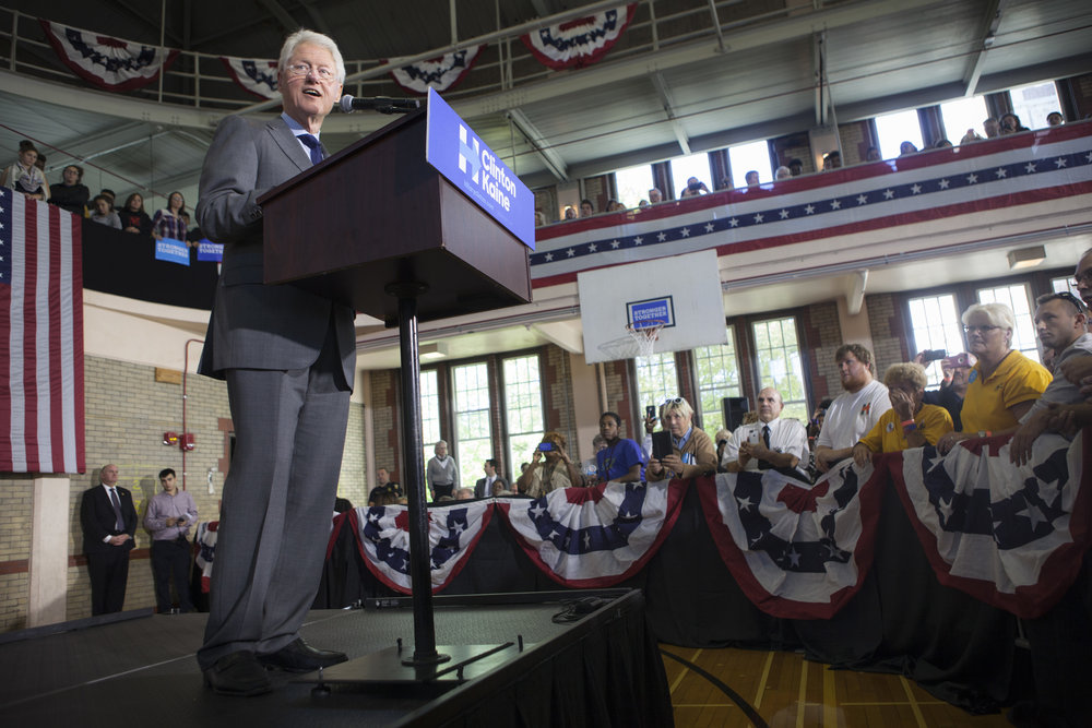 09272016_BJM_Bill_Clinton_in_Toledo_Ohio_07.jpg