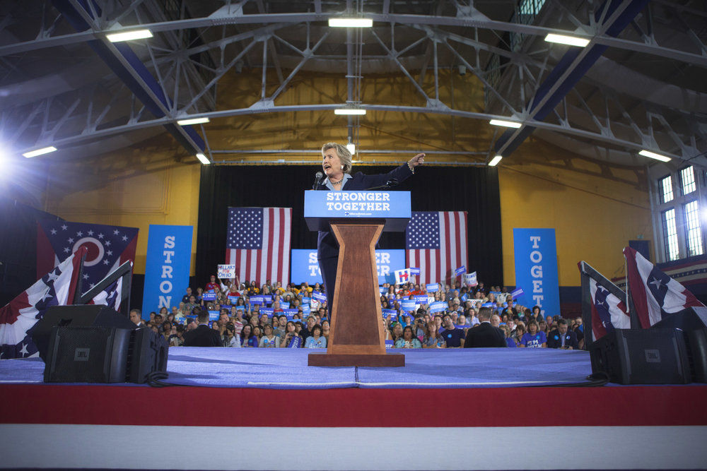 10032016_BJM_Hillary_Campaigns_in_Akron_Ohio_10.jpg