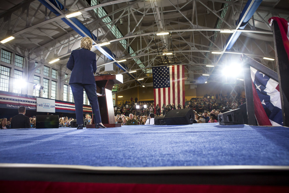 10032016_BJM_Hillary_Campaigns_in_Akron_Ohio_23.jpg