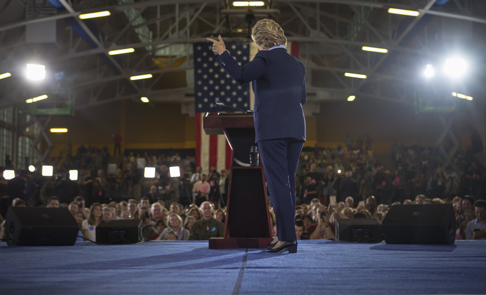 10032016_BJM_Hillary_Campaigns_in_Akron_Ohio_26.jpg