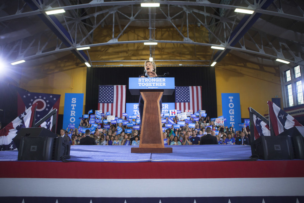 10032016_BJM_Hillary_Campaigns_in_Akron_Ohio_42.jpg