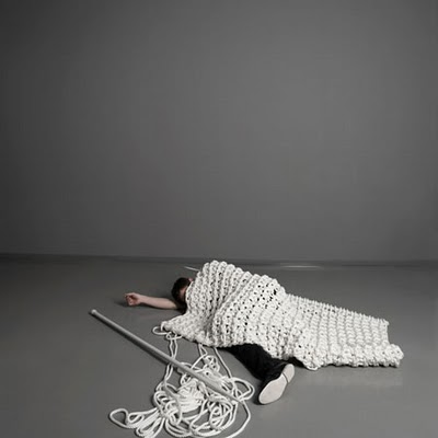 giant-knitted-carpet_sebastian_sconheit.jpg