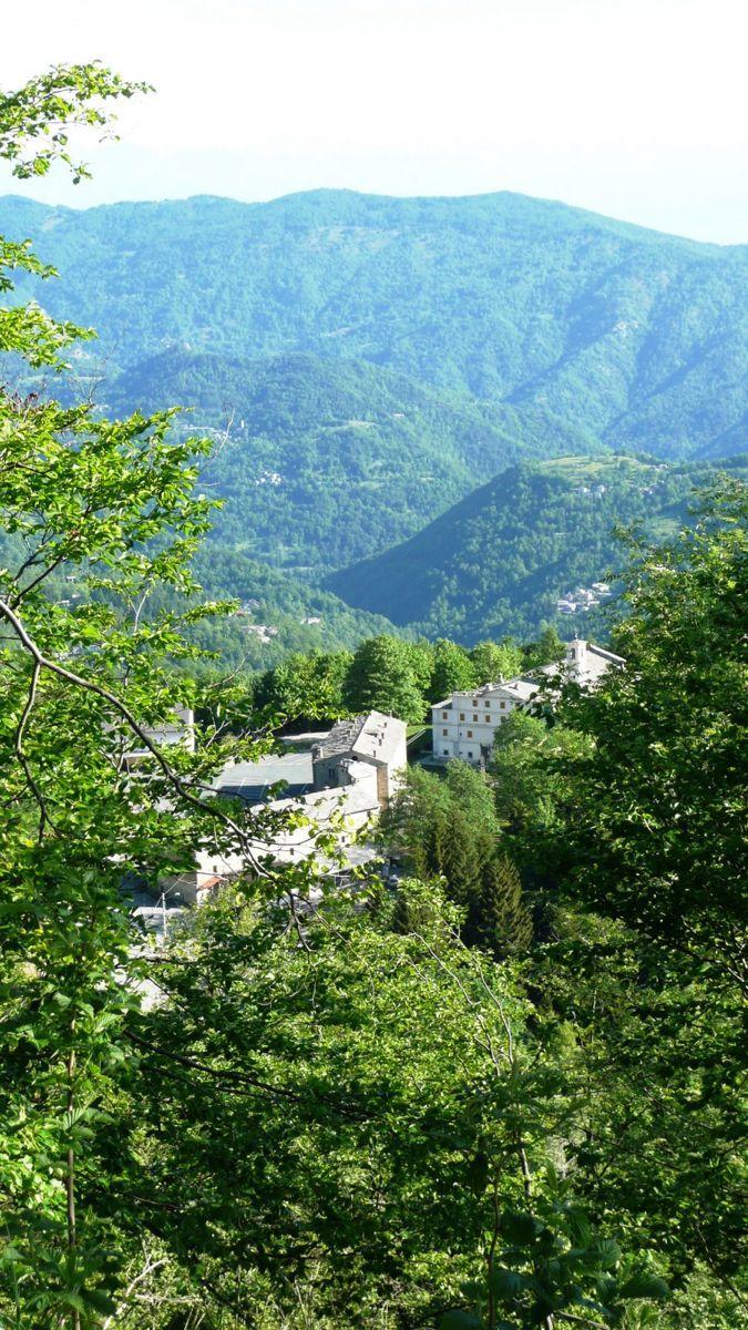 011 varáita-máira ridge - santuario di valmala.jpg