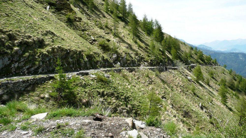 052 ligurian ridge roads - colle ardente to pas du tanarel.jpg