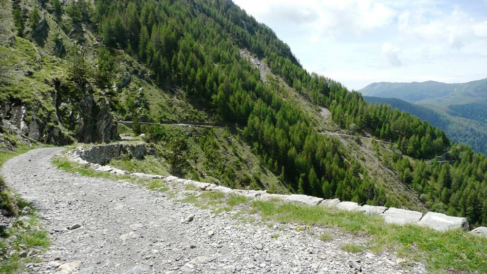 049 ligurian ridge roads - colle ardente to pas du tanarel.jpg