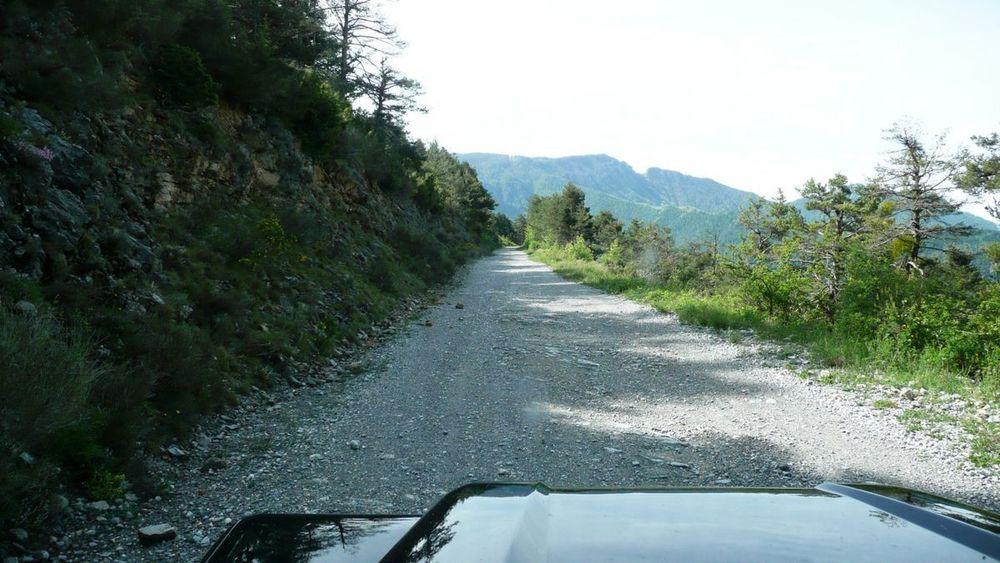008 ligurian ridge roads - climbing to col linaire.jpg
