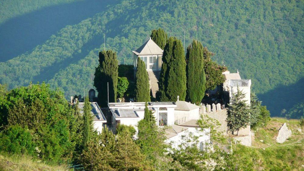 130 ligurian ridge roads - triora, villa.jpg