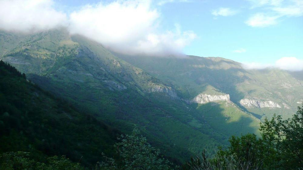 112 ligurian ridge roads - passo della guardia to triora.jpg