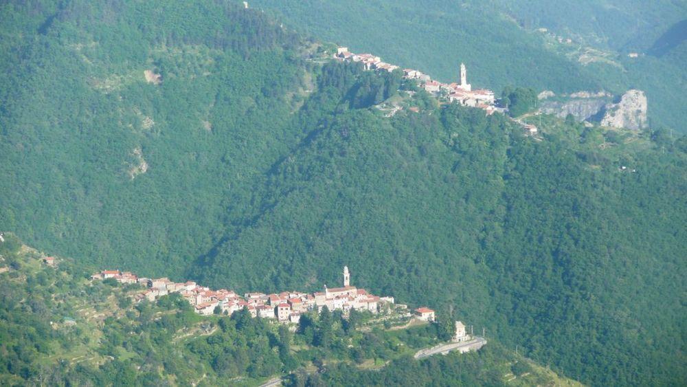 116 ligurian ridge roads - passo della guardia to triora; corte.jpg