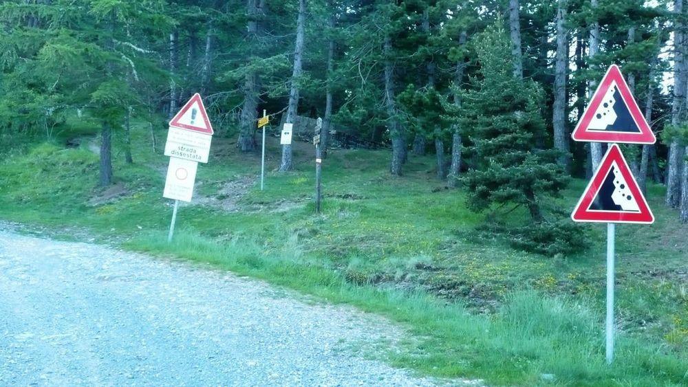 136 ligurian ridge roads - colle melosa, road to col sanson.jpg