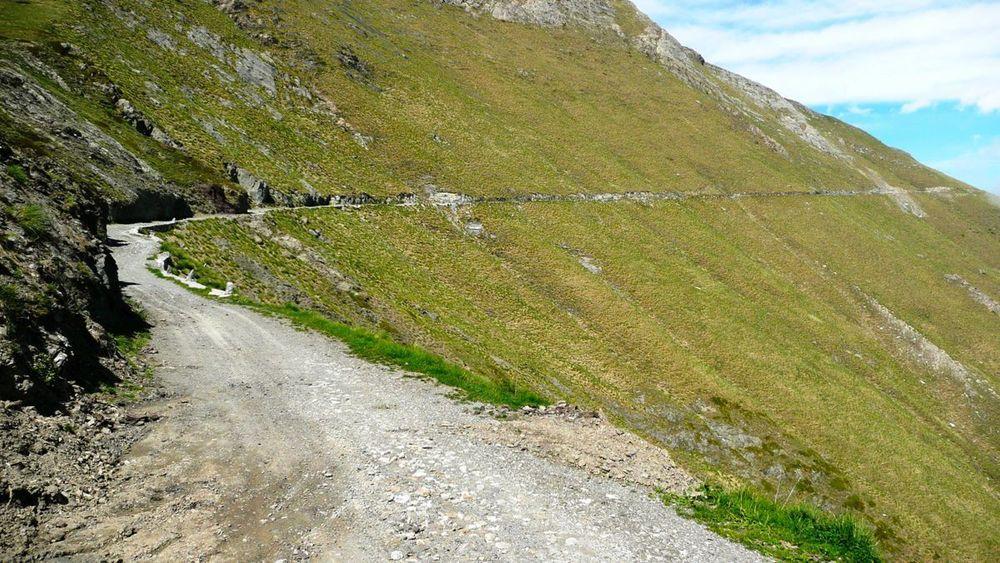 077 ligurian ridge roads - col de la celle vielle, road to col des seigneurs.jpg