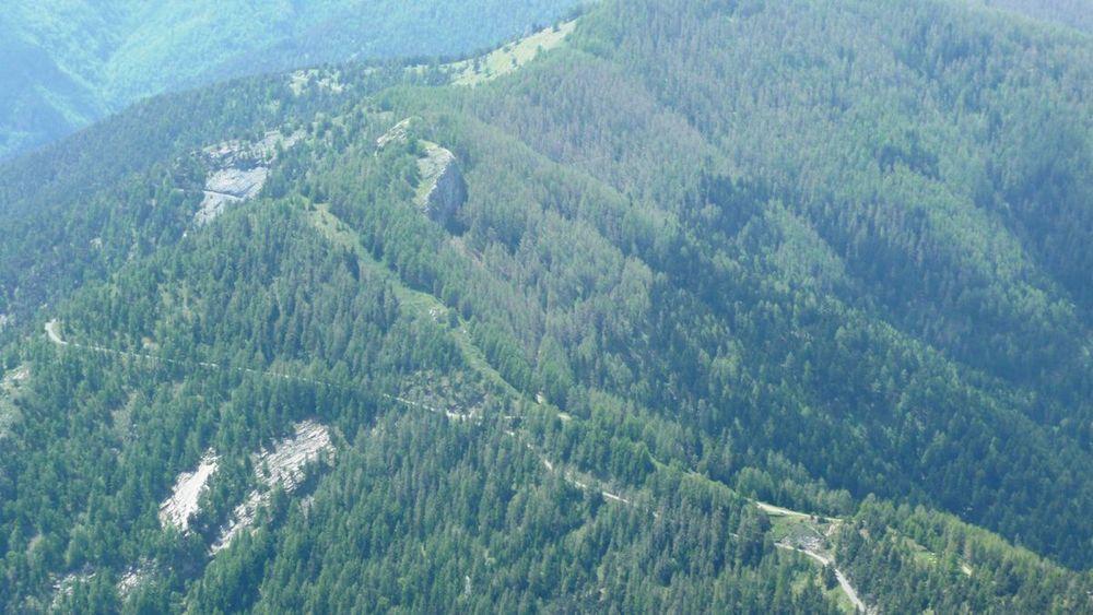 069 ligurian ridge roads - mont saccarel, looking back to col sanson.jpg