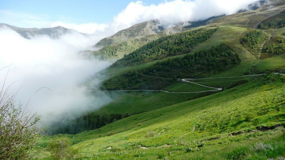 083 ligurian ridge roads - returning to pas du tanarel.jpg