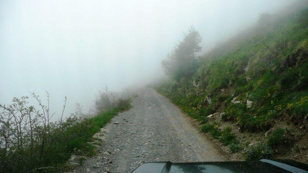 082 ligurian ridge roads - returning to pas du tanarel.jpg