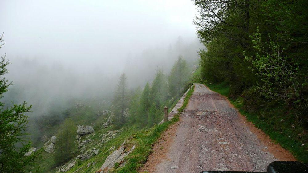 081 ligurian ridge roads - returning to pas du tanarel.jpg