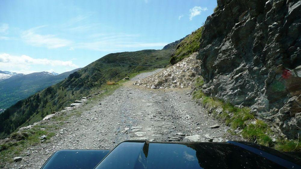 036-assietta ridge road - eastern end - blocked by avalanche.jpg