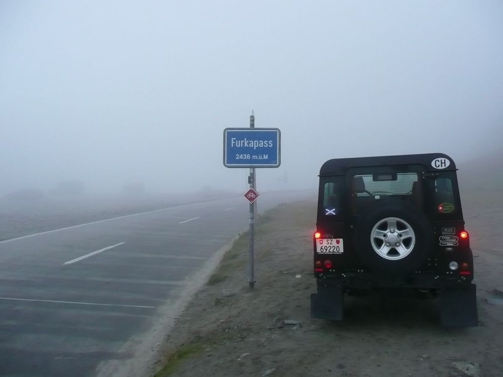 006 - furka summit in the mist.jpg