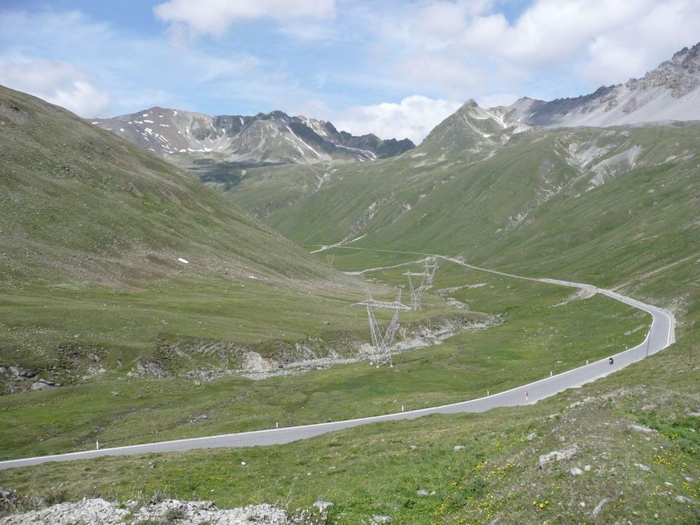 017 road to bormio.jpg