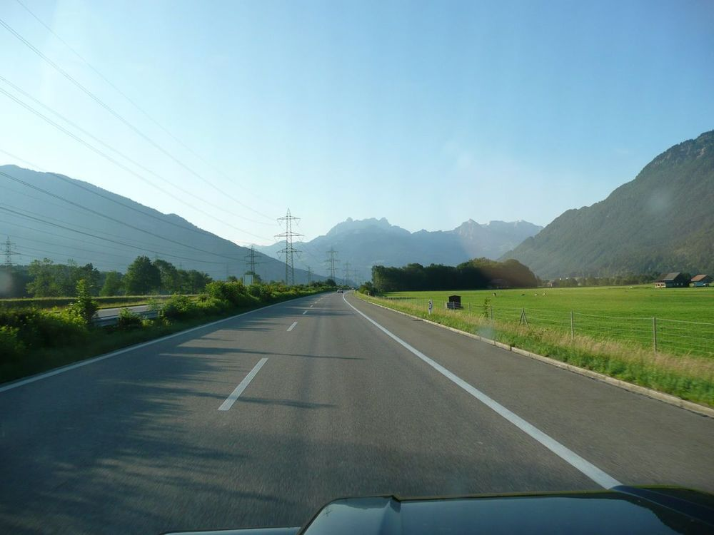 001 motorway south to the alps.jpg