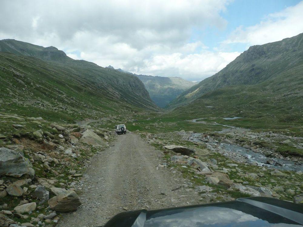 044 descent from passo di verva.jpg