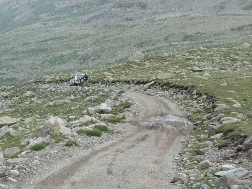 043 descending from passo di verva.jpg