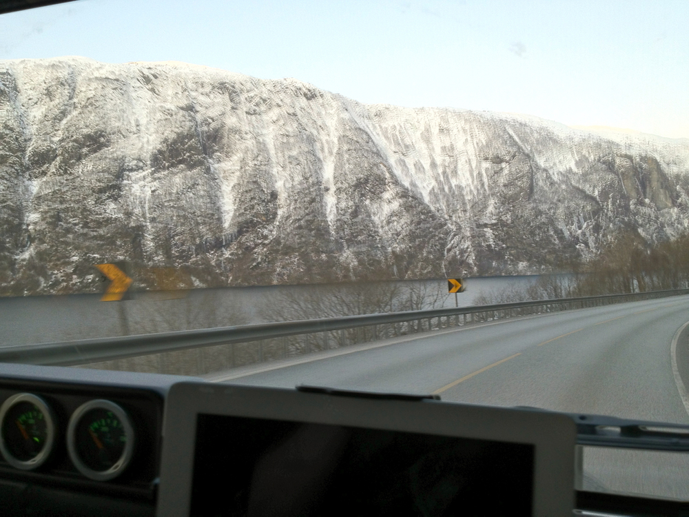 Following Veafjorden from Bergen (E16)