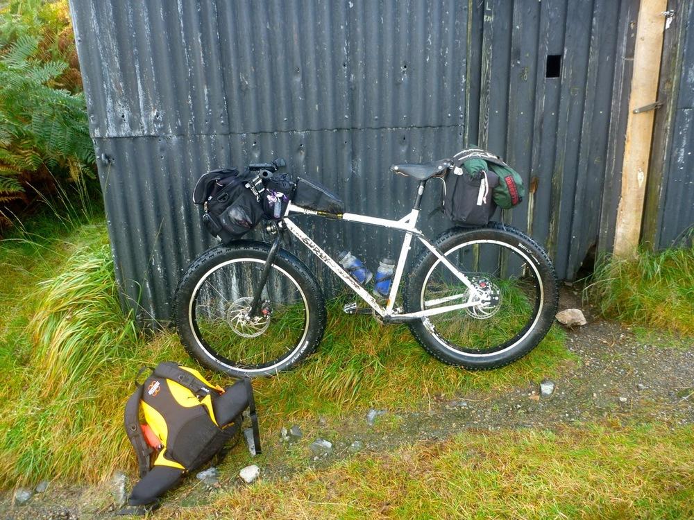 Lunch break at simple shack near Loch Dochard