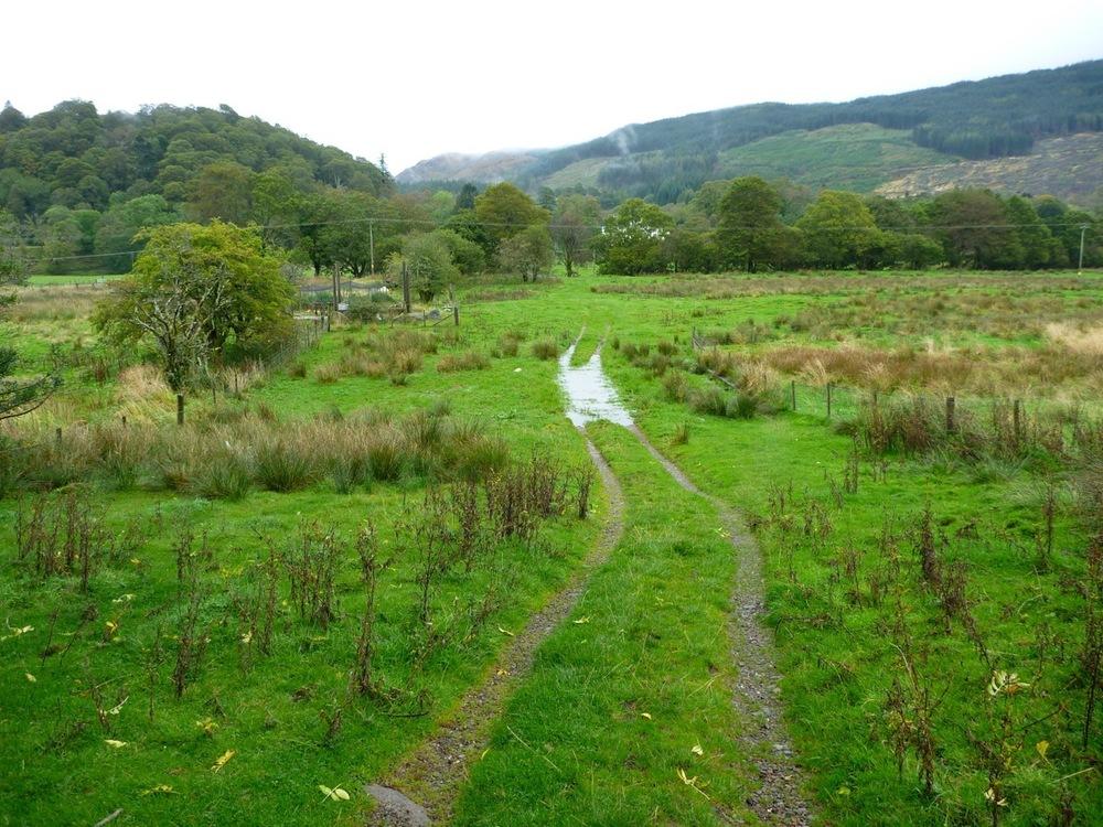 Approach to footbridge
