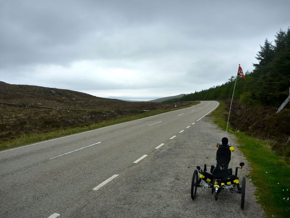 trike near top of 600ft pass.jpg