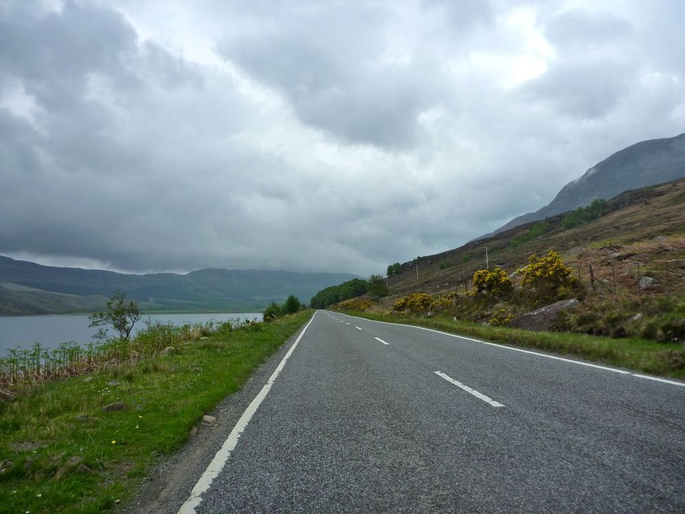 fast descent to dundonnel.jpg