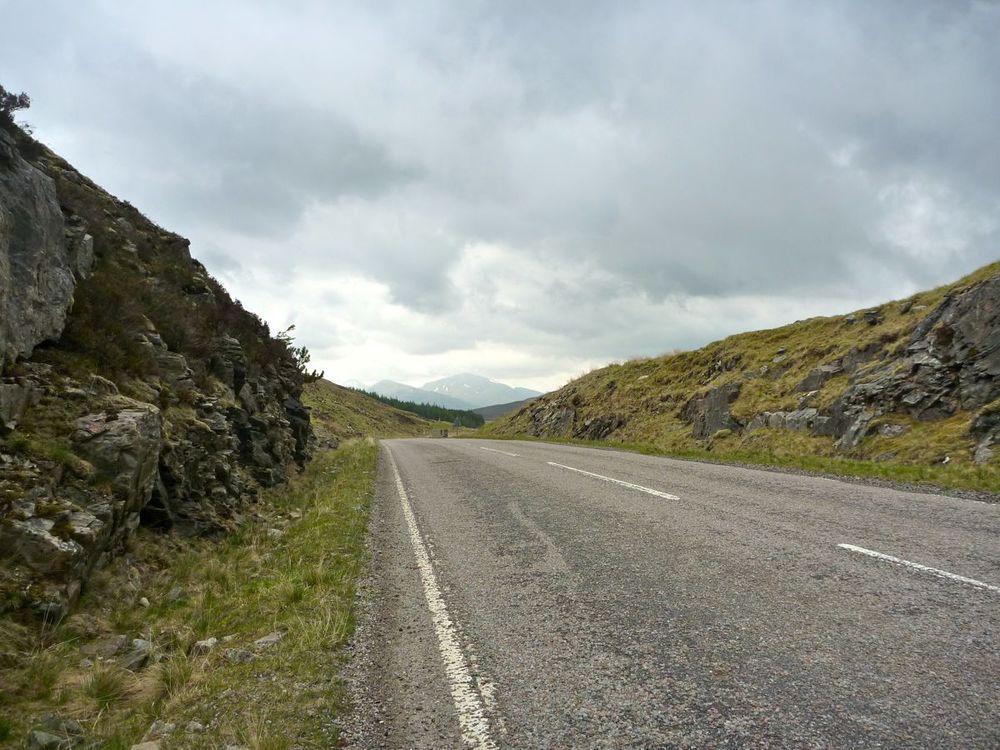 false summit, peaks of fannich forest ahead.jpg