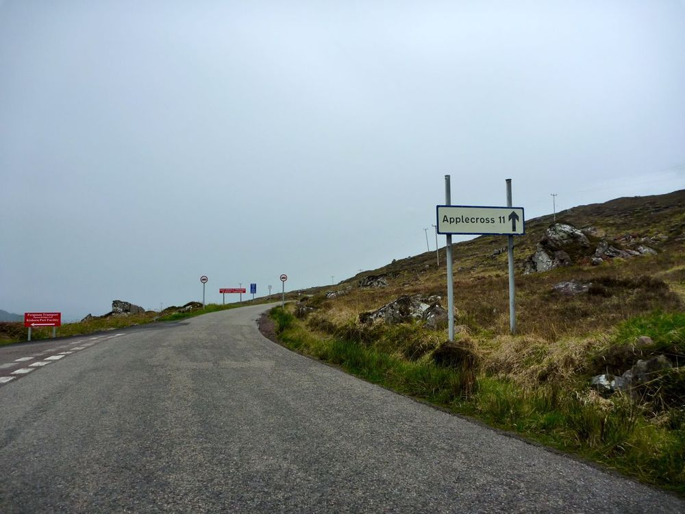 start of the climb is gentle at a steady 7%.jpg