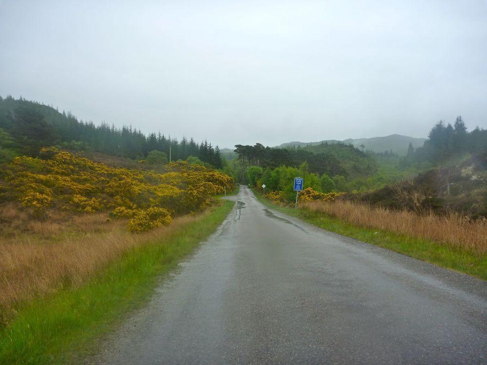 idyllic road toward stome ferry.jpg