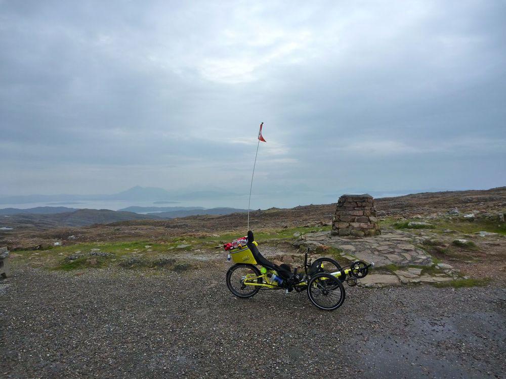 trike at summit viewpoint.jpg