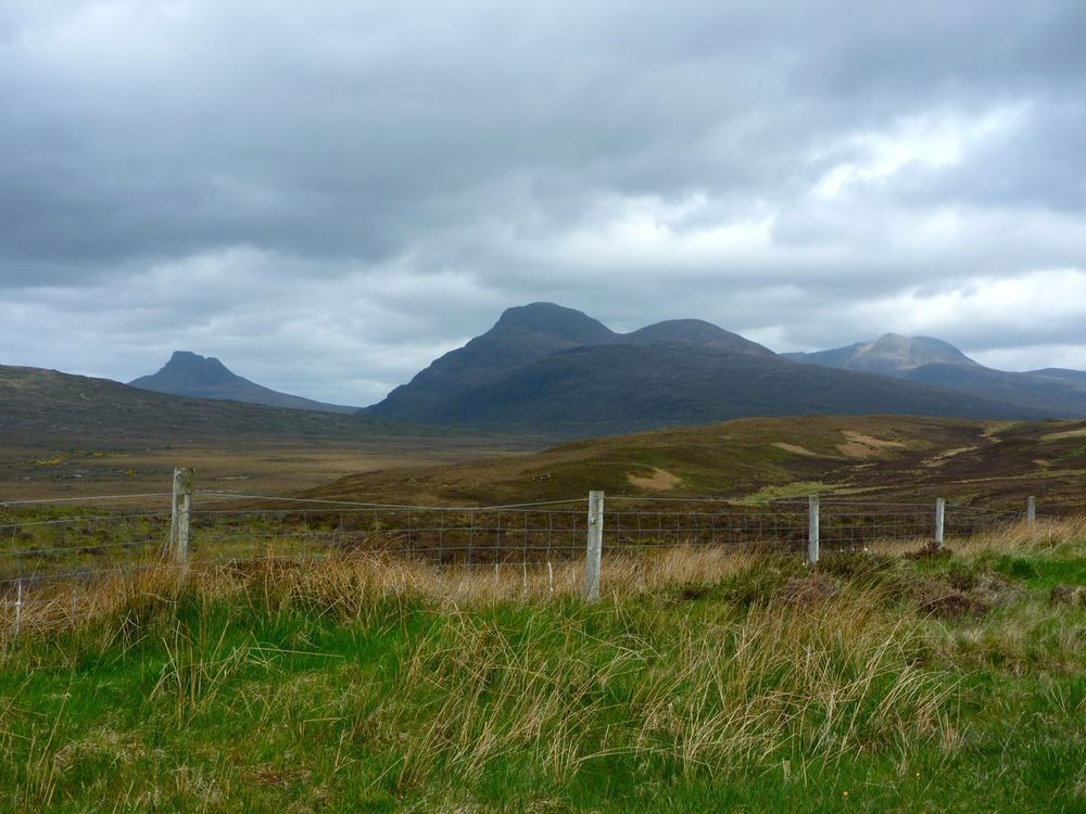 first glimpse of stac pollaidh and cul more.jpg