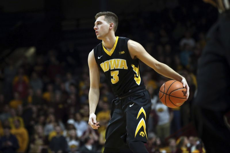 Iowa point guard  Jordan Bohannon  intentionally missed a free throw on Sunday in Iowa City against Northwestern — but had a pretty good reason. (AP)