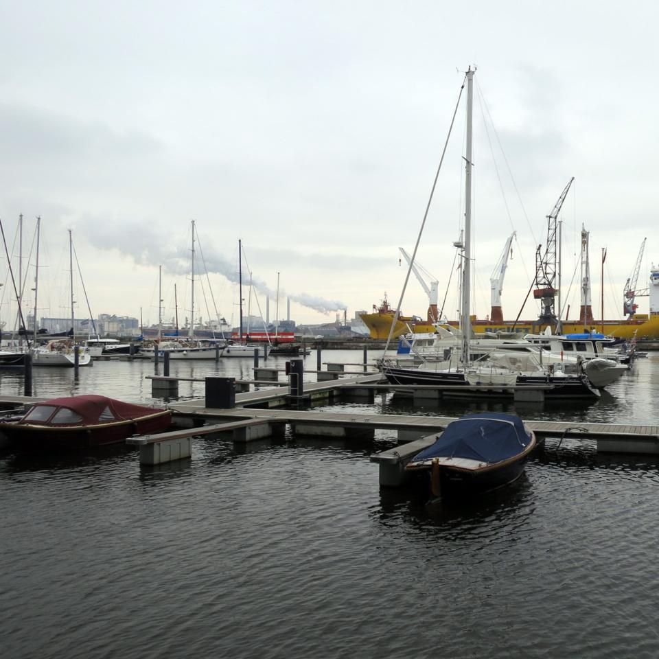Amsterdam_Port.jpg