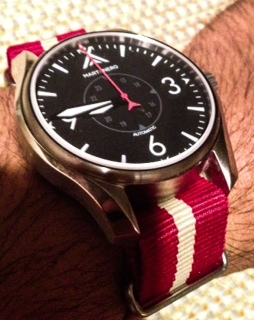 Martenero Ace with red/sand Nato Strap