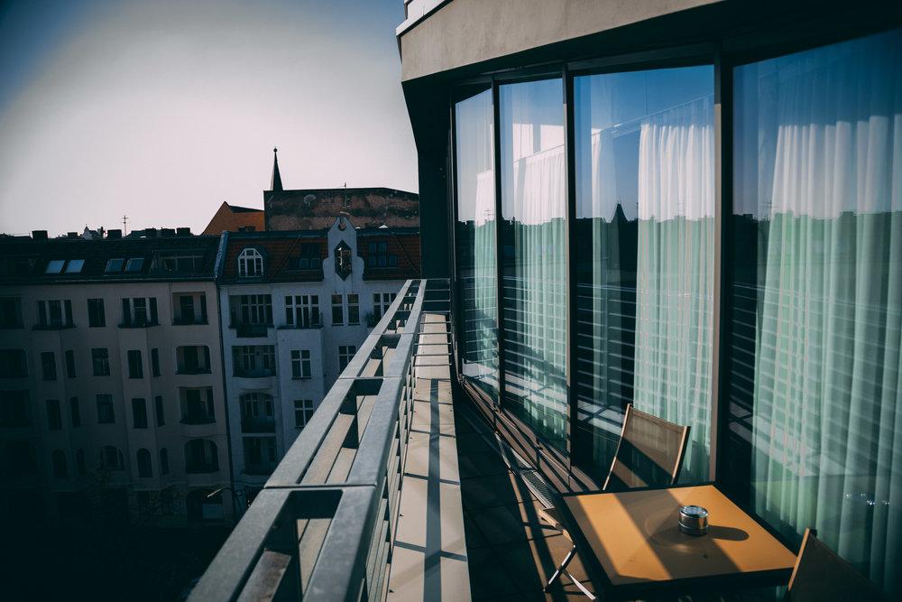 Sug-SeanxPaulaPotry-Hotellok80-Berlin-37.jpg