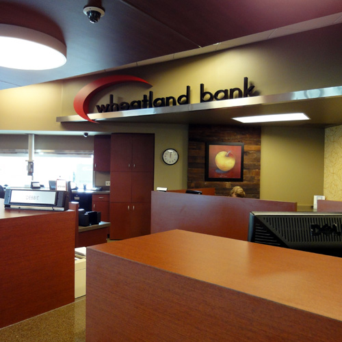 Wheatland Bank | Wenatchee Branch | Teller Desk