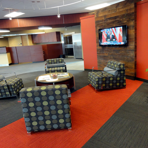 Wheatland Bank | Wenatchee Branch | Waiting Lounge