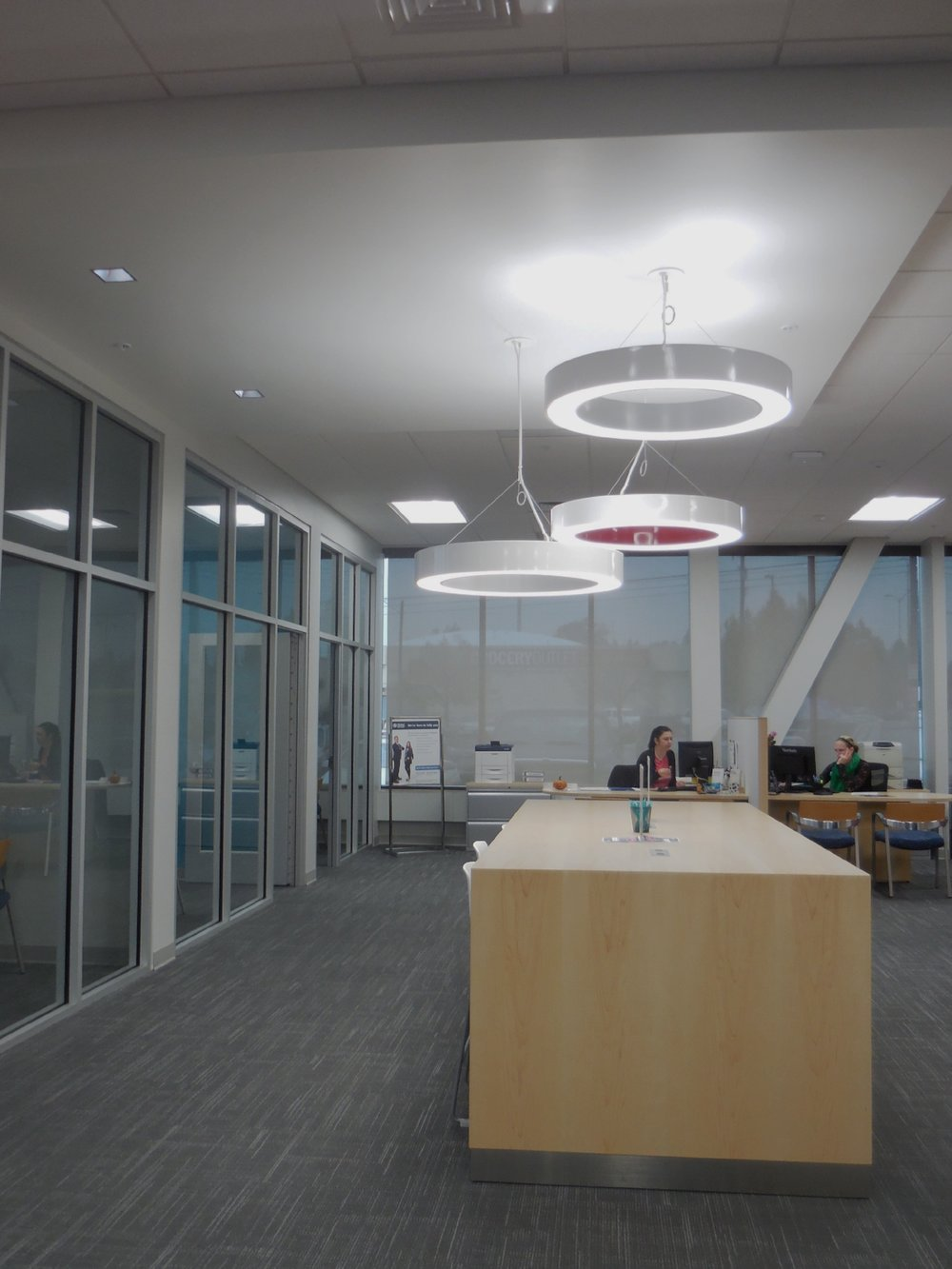 Lighting / Financial / Branch design / Storefront / Meeting table